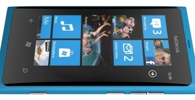 Nokia Lumia 800 nun mit Windows Phone 7.5
