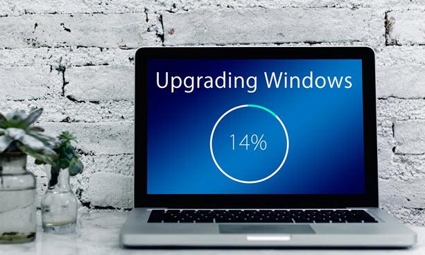 Quelle: https://pixabay.com/de/photos/upgrade-windows-laptop-3727076/